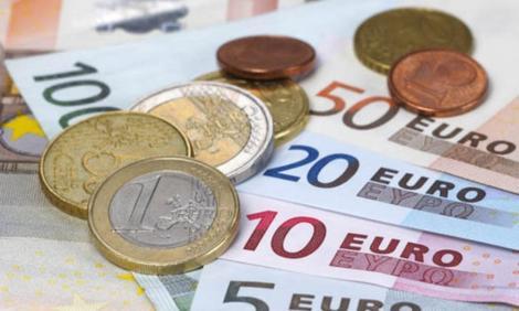 BNR Curs valutar 16 septembrie 2019. Cât scade azi euro