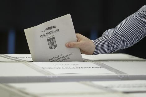 Autoritatea Electorală a demarat acţiunea de evaluare a înregistrărilor pentru alegerile prezidenţiale şi de estimare a numărului necesar de secţii de votare; datele vor fi transmise MAE până în 18 septembrie