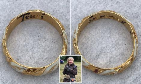 O femeie a găsit inelul lui William Shakespeare cu un detector de metale. Mesajul inscripționat pe el i-a dovedit veridicitatea