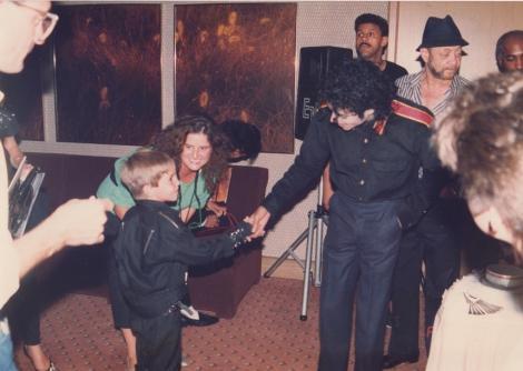 Judecătorul ia partea moştenitorilor lui Michael Jackson în procesul intentat HBO