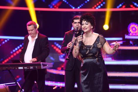 """""""Au, au, au, inima mea!"""". Paula Chirilă s-a transformat în Cornelia Catanga și a făcut show la """"Te cunosc de undeva!"""""""