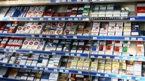 Interzicerea expunerii țigaretelor la raft distruge micii comercianți