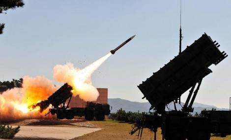 Pentagonul va trimite în Arabia Saudită sisteme radar şi o baterie de rachete Patriot, pentru a-i întări apărarea