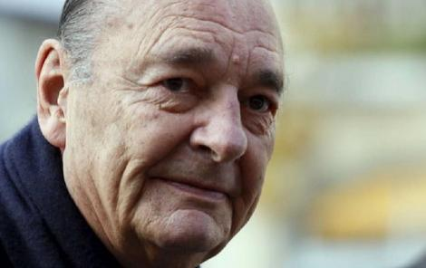 Un minut de reculegere în memoria fostului preşedinte Chirac pe toate stadioanele din Franţa