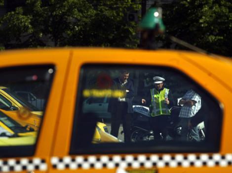 Atac asupra unui taximetrist! Trei clienți l-au bătut pe șofer pentru că acesta a ales o rută mai lungă