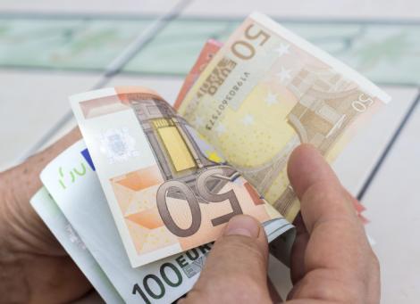 BNR Curs valutar 30 septembrie 2019. Cât costă azi un Euro