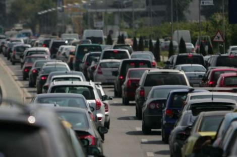 Vinieta pentru Bucureşti nu va fi impusă doar pentru mașini! Iată cine va mai scoate bani din buzunare pentru a se plimba prin Capitală