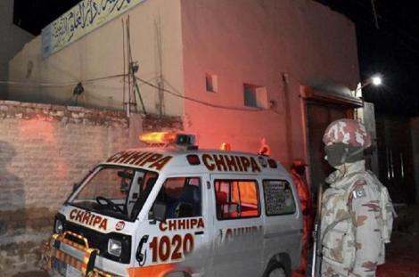 Atac cu bombă la moscheea din oraşul pakistanez Quetta - Bilanţul deceselor a ajuns la 15