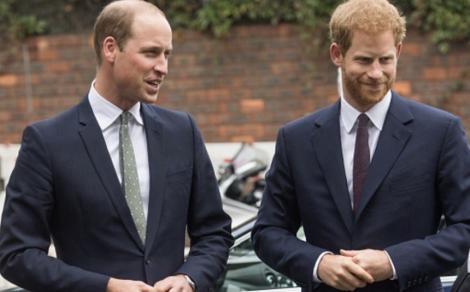 Prinţii William şi Harry denunţă zvonurile din presa britanică privind un presupus dezacord între ei