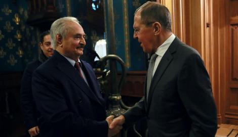 Mareşalul Haftar părăseşte Moscova fără să semneze acordul privind un armistiţiu în Libia