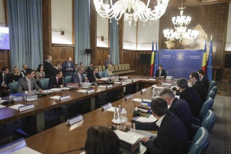 Orban, ministrului Muncii, care vorbea despre reorganizarea ministerului: Poate nu-l mai văd pe şeful ITM pe acolo
