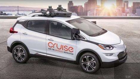 STUDIU: Cererea de maşini electrice creşte, însă consumatorii sunt reticenţi faţă de autovehiculele autonome