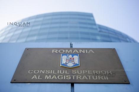 CSM, după întâlnirea cu Klaus Iohannis: Au fost susţinute argumentele privind subiectul pensiei de serviciu a magistraţilor, cu referire la deciziile Curţii Constituţionale în materie şi reglementările internaţionale