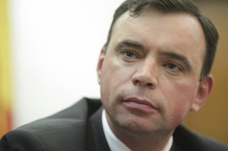 PressOne - Numărul doi din Ministerul de Interne, chestorul Bogdan Despescu, a plagiat peste 150 de pagini din teza sa de doctorat
