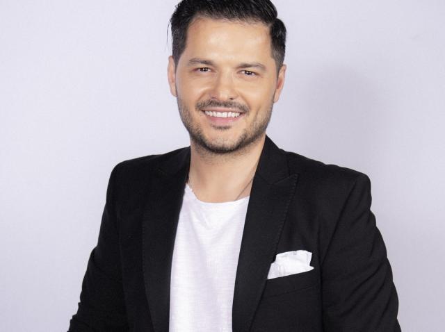 """Liviu Vârciu va prezenta show-ul de dating """"Rămân cu tine"""", în curând, la Antena 1! """"O să fiu un fel de Cupidon"""""""