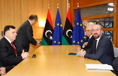 UE cere armistiţiu în Libia şi avertizează ca trupele turceşti să nu intre în Libia