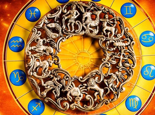 Horoscopul zilei, 11 octombrie 2020. Fecioarele vor avea parte de surprize, vezi ce se întâmplă cu balanțele