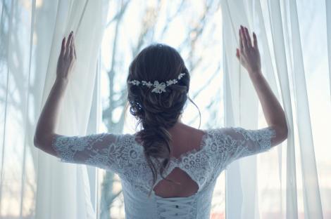 Care sunt tendințele nunților în pandemie. Ce se poartă și care sunt prețurile în această perioadă