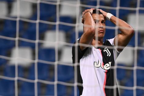 Cristiano ronaldo fotografiat in timpul unui meci, inainte sa ia coronavirus