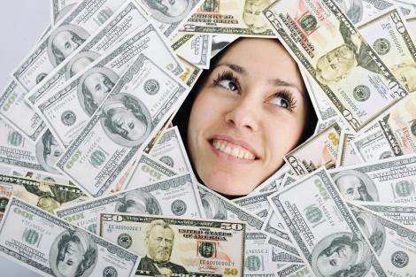 Femeia care câștigă 655.000 dolari anual a devenit virală pe internet, după ce și-a făcut publice cheltuielile lunare