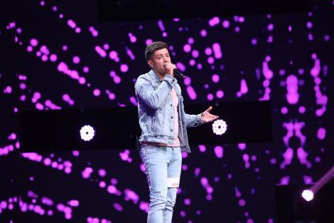 """Liviu Panait, căruia muzica i-a fost sprijin și refugiu, a impresionat-o pe Loredana la X Factor: """"Ce voce ai, nu se poate"""""""