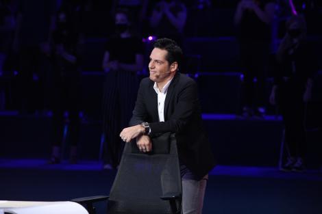 Ștefan Bănică își serbează astăzi aniversarea de 53 de ani. Juratul X Factor arată mai în formă ca oricând