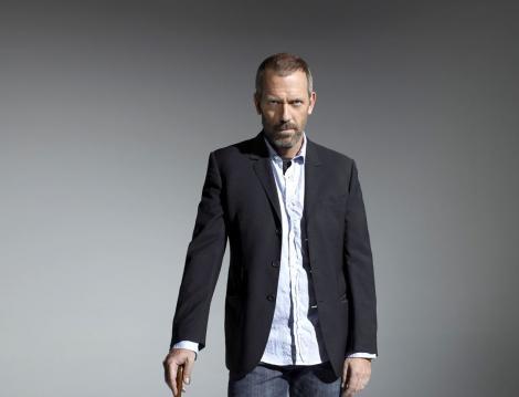 Hugh Laurie, fotografiat cand juca in Dr House, inainte de Roadkill de la BBC
