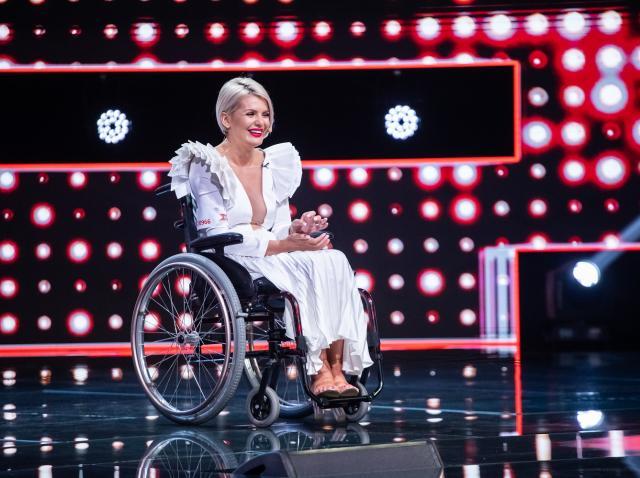 Anamaria German, în scaun cu rotile, pe scena X Factor