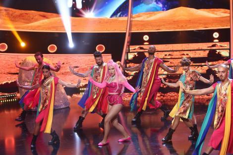 Sâmbătă, de la ora 20:00, la Antena 1, Lady Gaga, Sarah Brightman şi Andrea Bocelli, Robbie Williams la Te cunosc de undeva!