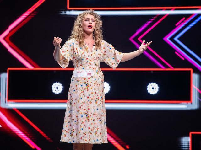 """Ana Paula Pantea a făcut magie curată, de la operă la fado, pe scena """"X Factor""""! """"Este o comoară la noi"""""""
