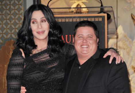 Fiica lui Cher, transformarea din femeie în bărbat. Cum arată Chaz Bono acum