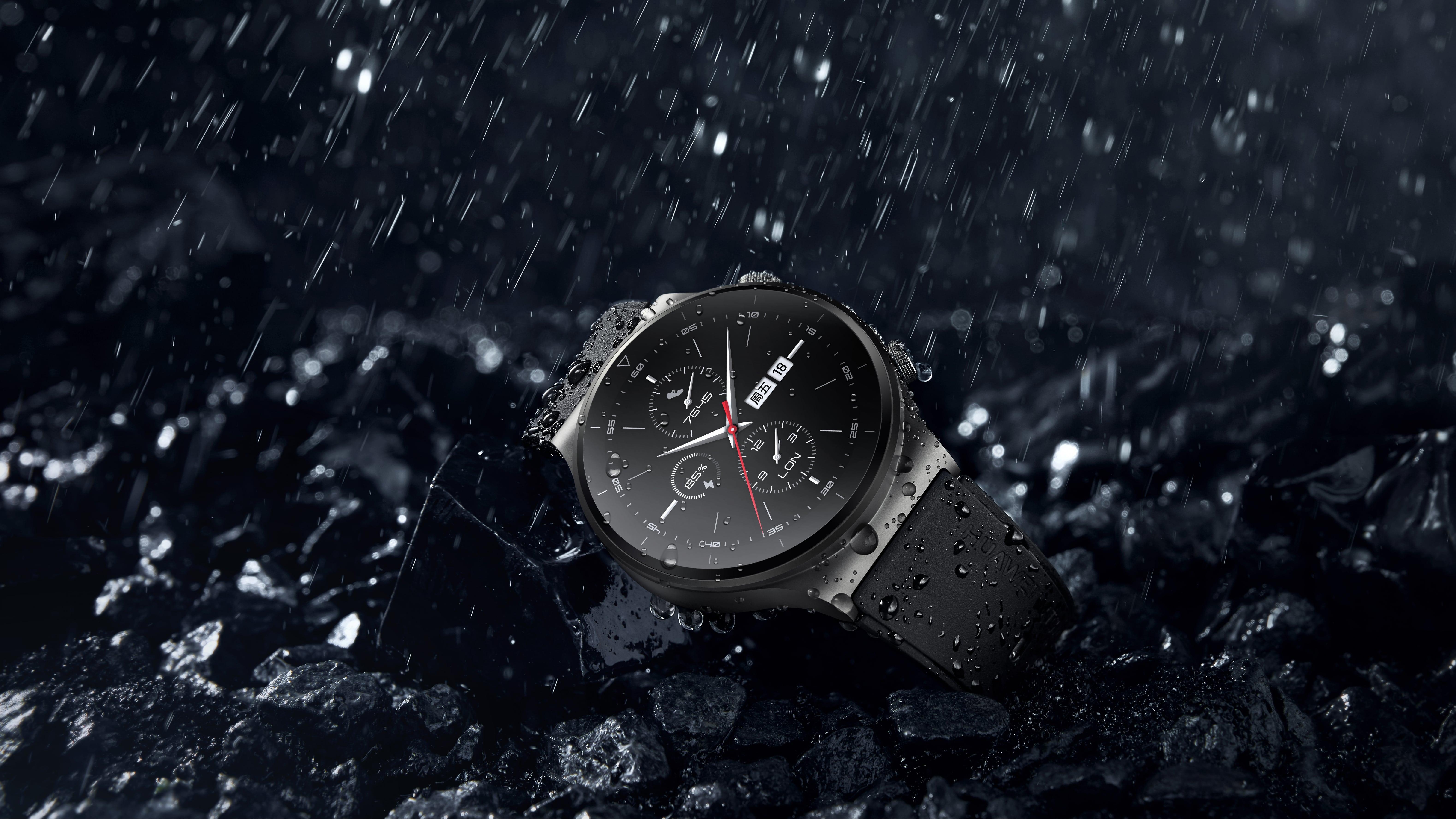 Te afli printre cei 68% dintre români care se gândesc să achiziționeze un smartwatch? Iată două variante interesante de la Huawei