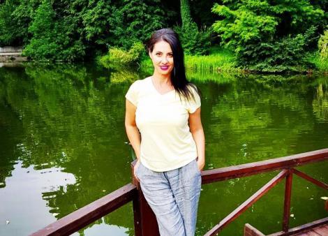 Denise Iacobescu, fotografiata în natura