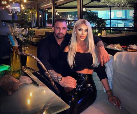 Bianca Dragusanu si iubitul sau, Alex Bodi, fotografiati cand se aflau la restaurant
