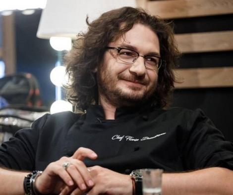 Chef Florin Dumitrescu la masă, privește într-o parte . Are pă