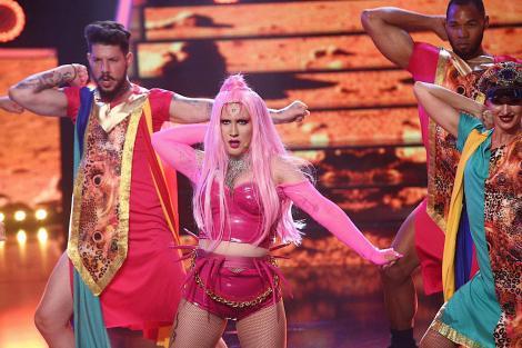 Personajul care i-a testat limitele! Lady Gaga, adusă pe scenă de ADDA la Te Cunosc de Undeva