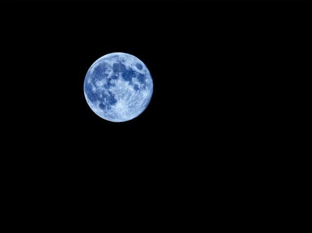Horoscop. Ce înseamnă Luna Plină Albastră din 31 octombrie 2020 și cum sunt afectate zodiile de acest fenomen