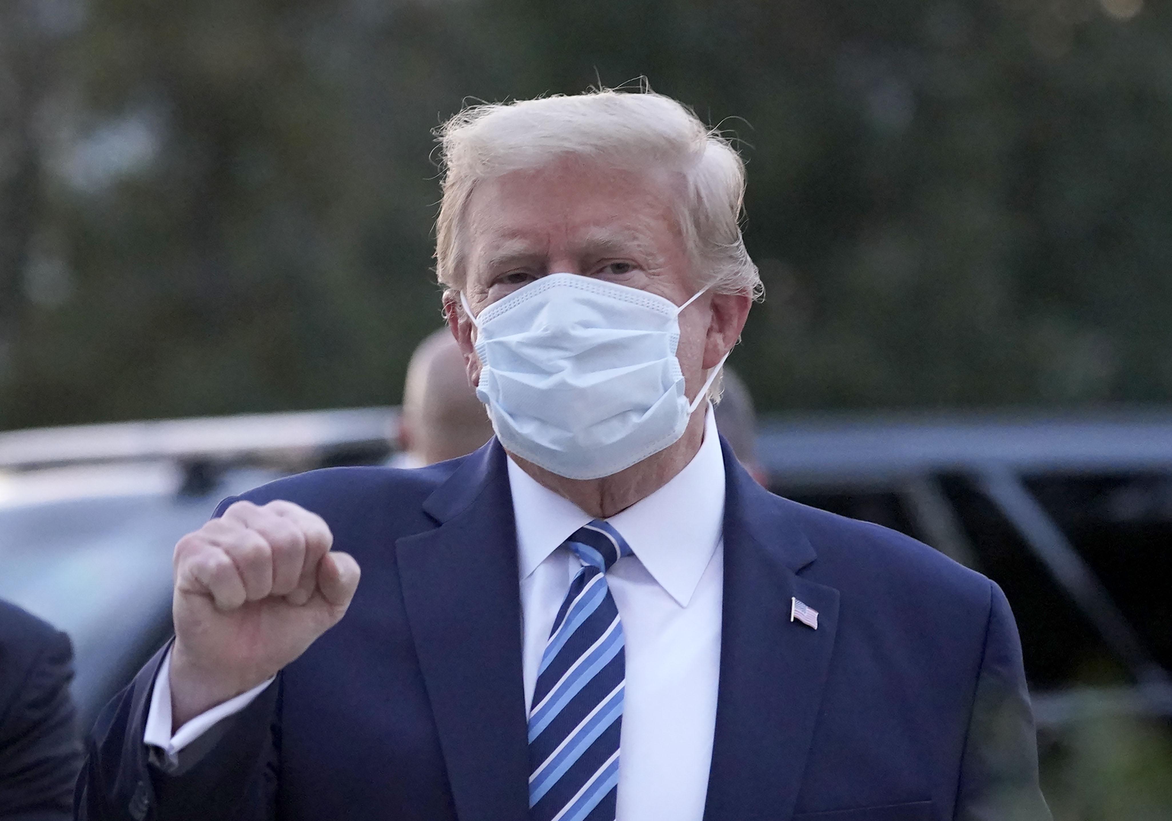 Ce face Donald Trump în izolare, la două zile după ce a revenit din spital