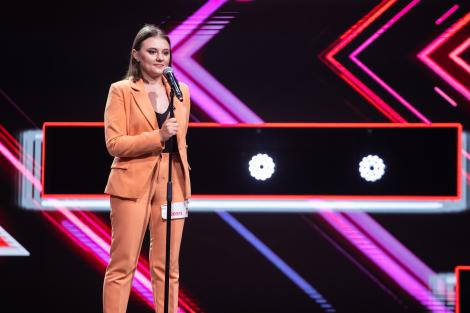 """Melania Cuc, pe scena X Factor cu piesa """"Never Enough"""": """"Ești excepțională și nu mă arunc în afirmații mari!"""""""