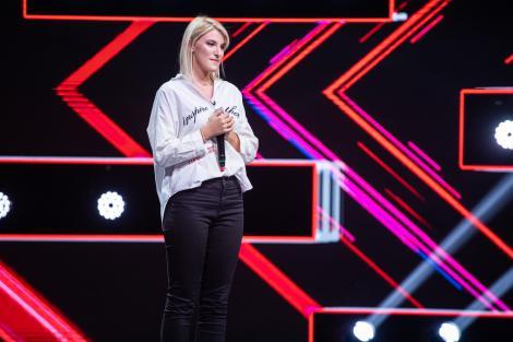 """Maria Andraș, pe scena X Factor cu piesa """"Talking To The Moon"""" - """"Pe mine muzica mă vindecă! E terapie!"""""""