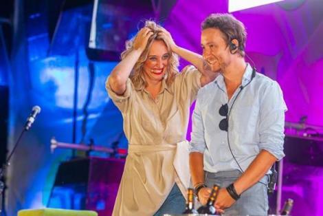 Actrița Ilona Brezoianu, alături de colegul ei, actorul Dan Rădulescu