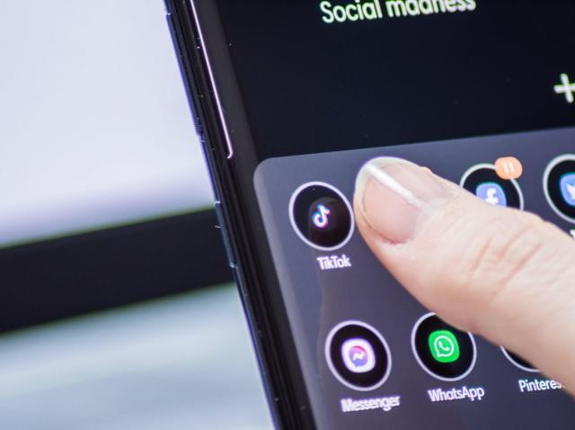 Top cinci trucuri care îți fac telefonul mai rapid