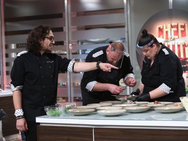 Emoții în bucătăria Chefi la cuțite! Ce probă au primit concurenții din sezonul 8