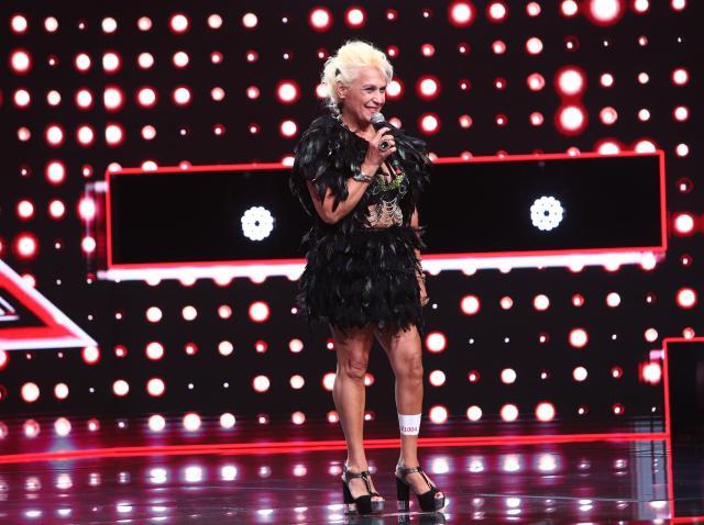 Silvia Mitrache, într-o ținută nonconformistă pe scena X Factor