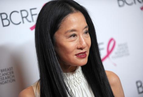 Cele mai sexy ținute ale creatoarei de modă Vera Wang