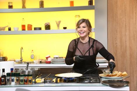 Loredana găteşte mâncare indiană la Chefi la cuţite, în această seară, de la 20:30, la Antena 1