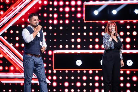 X Factor 2020. Raul Jipa și Claudia Iuga, cu o chimie excepțională pe scena X Factor. Polițiștii cu voci de aur