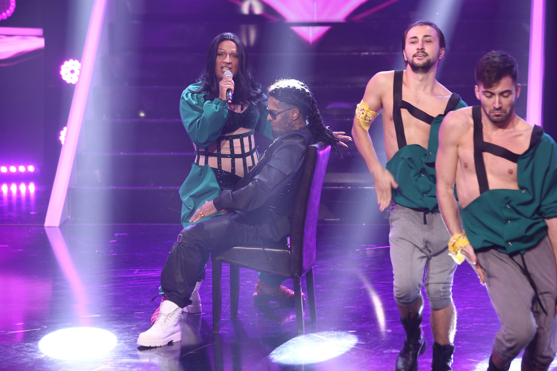 Te cunosc de undeva 2020. Liviu Vârciu și Andrei Ștefănescu, un rap de zile mari, transformați în Cardi B și Offset