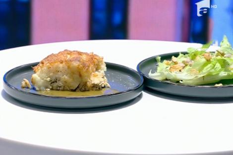 pui rotisat și tartă de cartofi cu pui