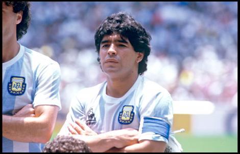 diego maradona, fotografiat inainte sa se scrie ca a murit dupa un atac cardio respirator